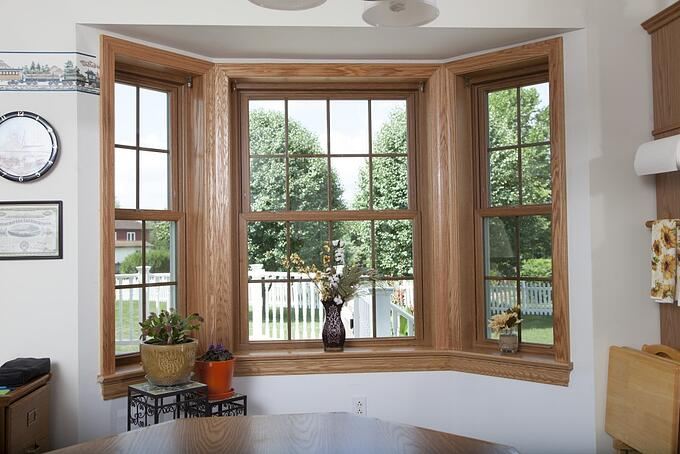 Soft-Lite Bow Window in Light Oak