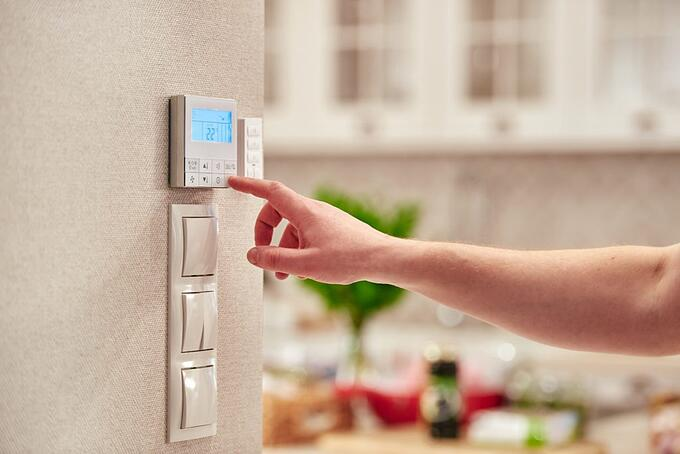 thermostat for soft-lite energy efficient windows